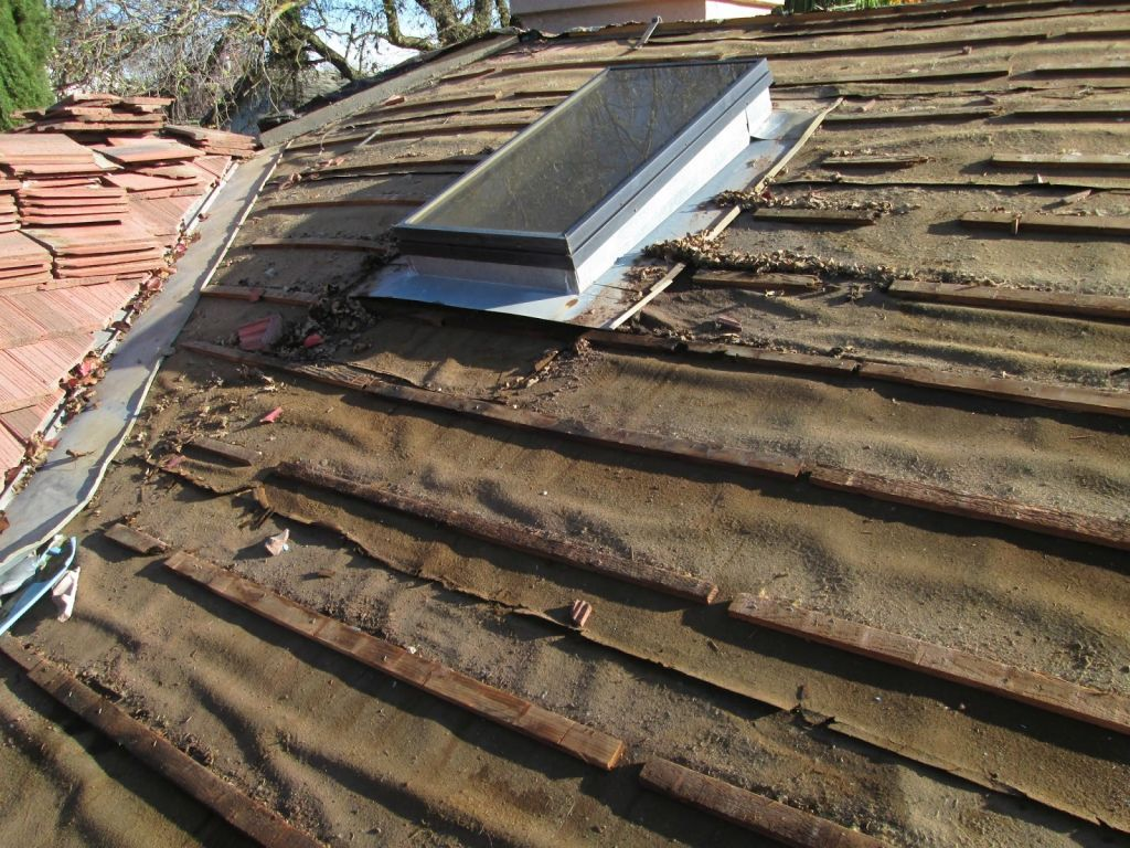 Tin Roof Contractors in Lyons, Oregon