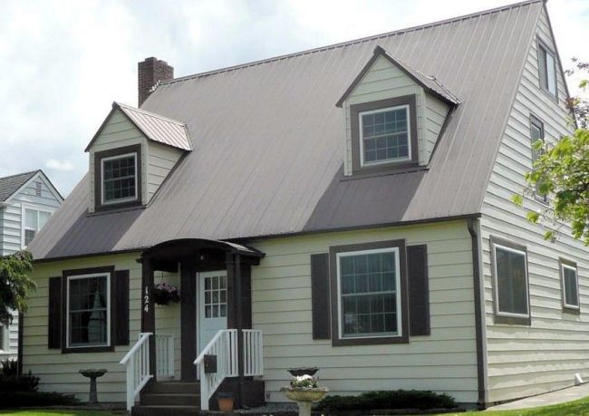 Mansard Roof Contractors in Belgium, WI