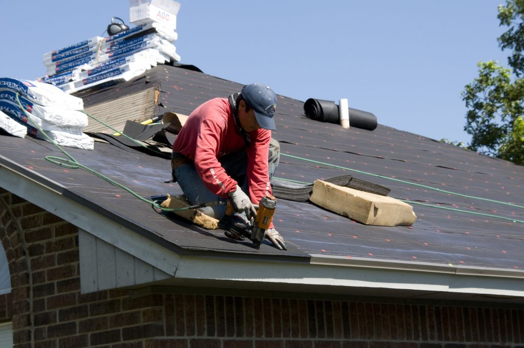 Mansard Roof Contractors in Umatilla, Oregon