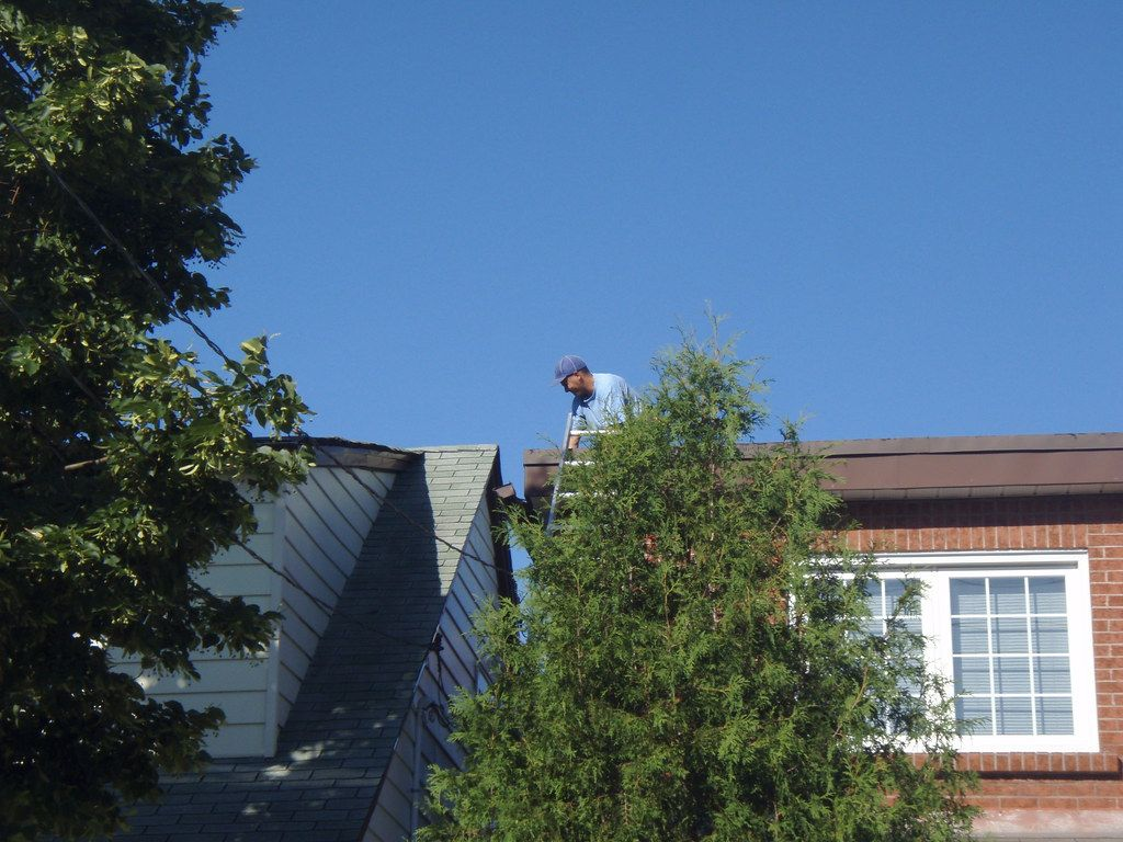 Leaking Roof Contractors in Burlington, WI