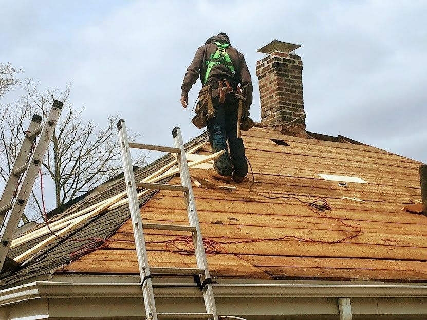 Gambrel Roof Contractors in Corporation of Ranson, West Virginia