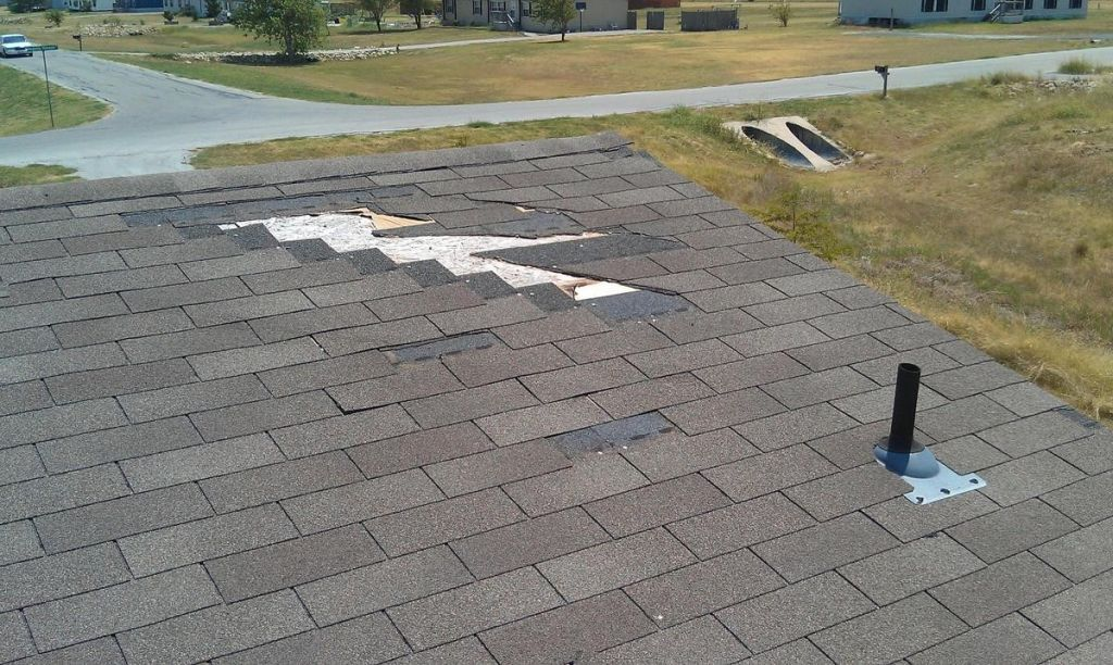 Leaking Roof Contractors in Drain, Oregon